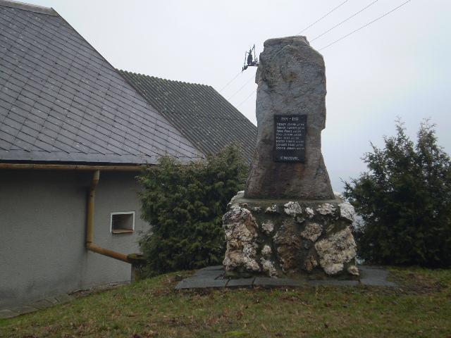 Památník padlým na Vyšehorkách - Líšnice