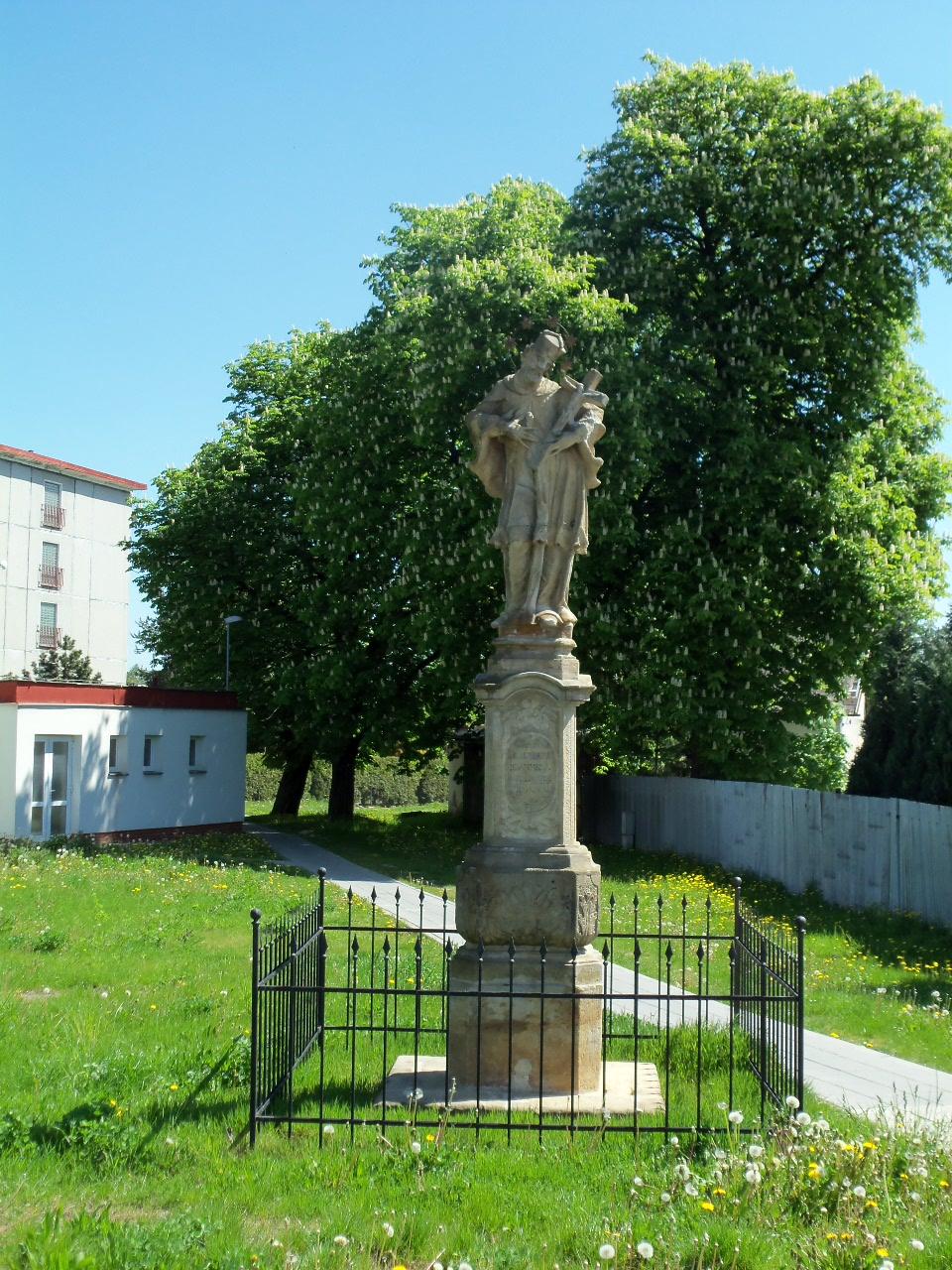 Významné sochy v Mohelnici