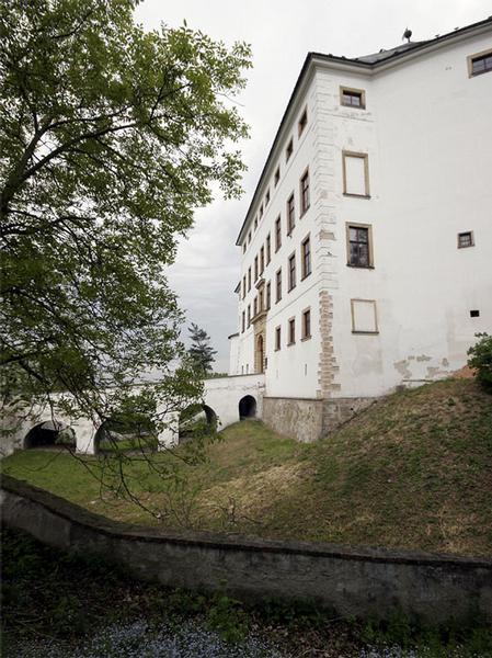 hrad a zámek Úsov