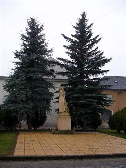 Památník obětem světových válek v Moravičanech