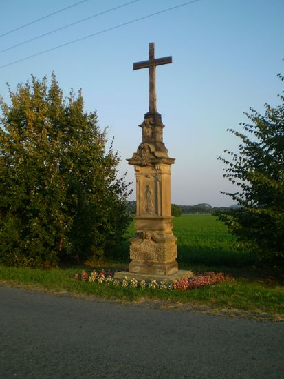 kříž na cestě do Loštic