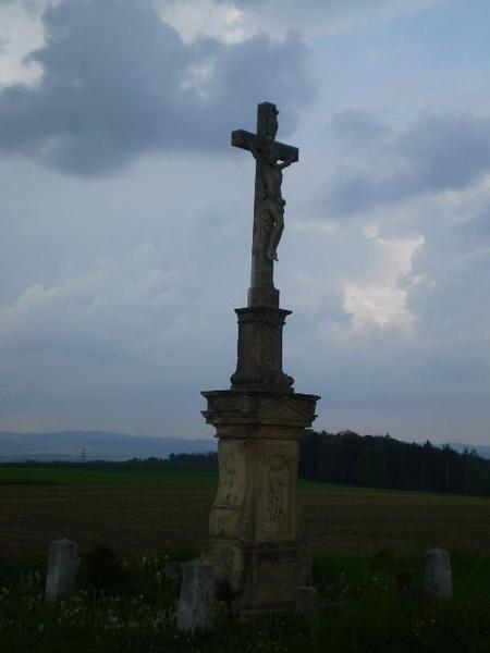 zapomenutý kříž