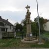 Kříž na ulici Hradské